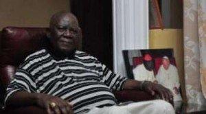 Cardinal Christian Tumi, Archevêque de Douala, sur RFI le 30 Janvier 2012: « C'est Gbagbo qui a gagné les élections en Côte d'Ivoire » dans Actualité cardinal-christian-Tumi-300x166