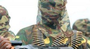 Révélation d'un Soldat Burkinabé: L'Ouest sera endeuillé, Ouattara jouera au grand pompier pour se faire un nom dans Actualité COMMANDO1_4-300x166