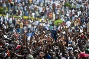 Côte d'Ivoire : Ouattara, la fin dans Divine Révélation cote-divoire-la-guerre-a-deja-commence-300x198